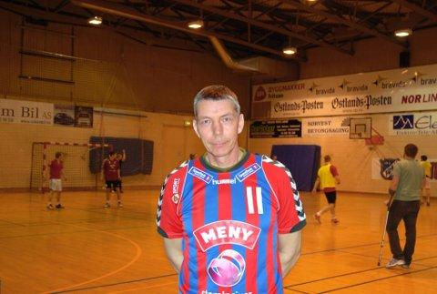 Tar over stafettpinnen etter nevøen: Tom Henning Ruud overtar treneransvaret for Fram-herrene etter nevøen Are. (Foto: Ola Lunde)