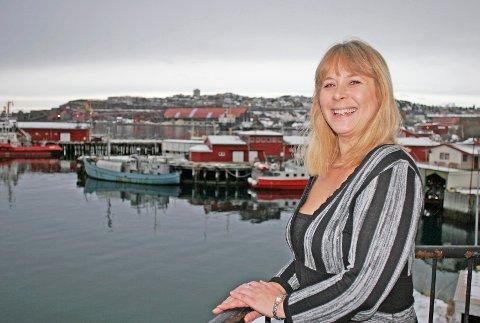 GLAD: Grethe Parker i Cruise Narvik fryder seg over en kraftig vekst i cruisetrafikken til Narvik.           (Foto: Mari Helen Svendsen)