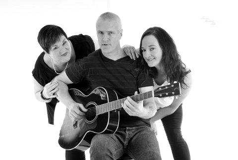 Anna Asdahl, Kjetil Netteland og Silje Jensen spiller musikk i flere sjangere.