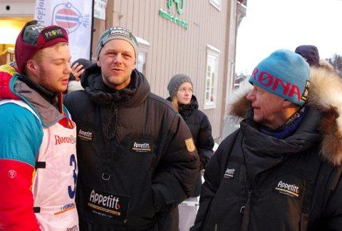 VETERANENS TUR: Kjell Brennodden (til høyre) kjører Finnmarksløpet, mens Femundløpet var Jo Arne Brennodden og Ola Brennodden Sundes løp.