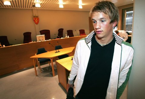 BLE SKADET: Marius S. Lilleeidet (19) fra Jessheim ble påført omfattende skader i fotballkampen for et snaut år siden. Nå risikerer den tiltalte motspilleren fra FK Nittedal fengsel for å ha skallet og slått. FOTO: ROAR GRØNSTAD