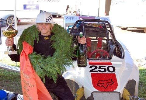 Mathias Michaelsen (15) ble Norgesmester i Crosskart lørdag. Det er andre år på rad han blir Norgesmester.