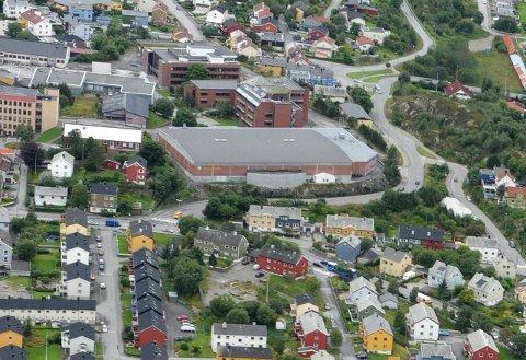 Tyveri fra Braatthallen tirsdag kveld. Flyfoto: Bjørn A. Hansen