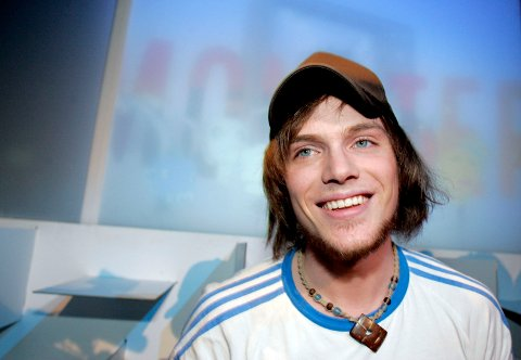 Ørjan Hatlevik fra Fitjar gikk videre til finalen i Idol 2006. (10.02.2006)