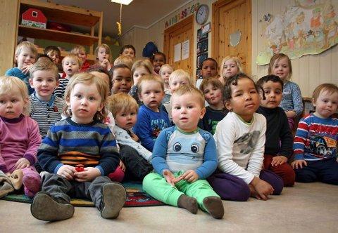 DU STORE VERDEN: Barneflokken i Berglia barnehage kommer fra (nesten) alle verdenshjørner. Her er mangfoldet og arbeidet med det flerkulturelle satt i system. Alle foto: Torgeir Bråthen