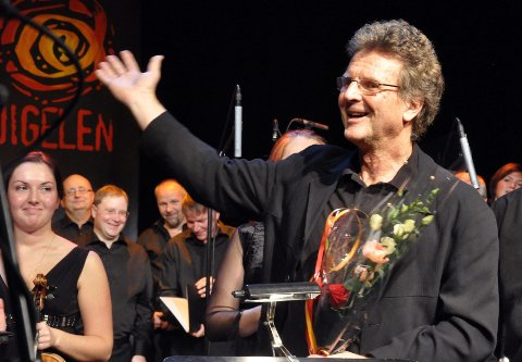 MANNEN BAK: Bodvar Moe var kjempefornøyd etter konserten med hans musikk. Foto: Arne Forbord