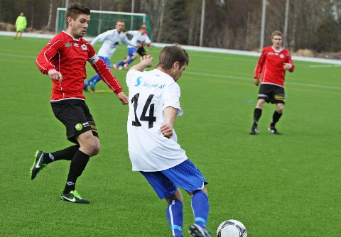 TIL FYLLINGSDALEN: André Semmingsen Fivelsdal (t.v.) er klar for Fyllingsdalen og 2. divisjon. (Foto: Endre Hopland)