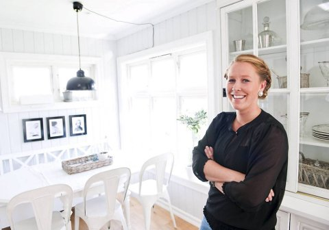 Interiørbloggeren Anette Tang Nilsen bruker mye tid på hjemmet sitt. Hun liker å mikse romantikk med industristil. Også litt maritime pynteting finner hun plass til.