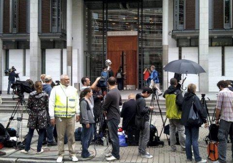 Stort presseoppmøte i forbindelse med det første fengslingsmøtet av Anders Behring Breivik 25. juli i år.
