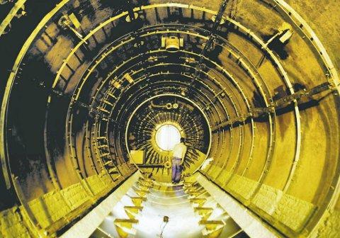 Ikke noe lys i enden av tunnelen: Det blir stadig færre norske industriarbeidsplasser.