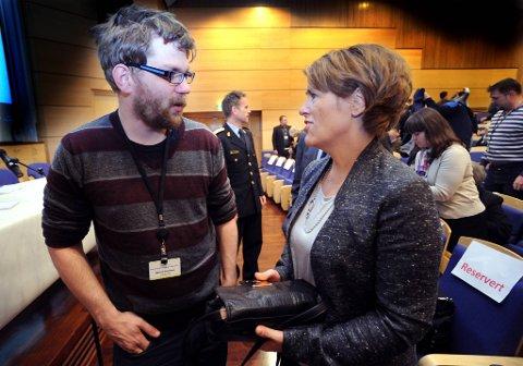 Justisminister Grete Faremo  åpnet konferansen Felles ansvar for å forebygge ekstremisme. Frilansjournalist Øyvind Strømmen var blant fordragsholderne.