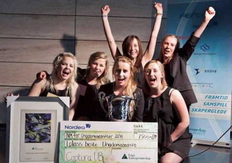 Daglig leder Silje Engh Hulleberg i ungdomsbedriften Captura UB og hennes fem kollegaer jubler for NM-seieren i år. Nå må de belage seg på besøk av Arbeidstilsynet.