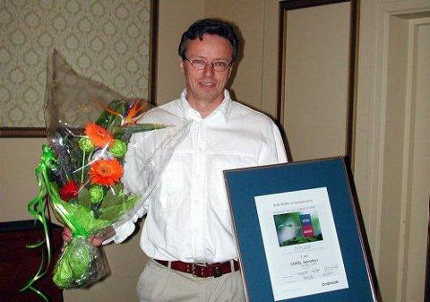Morten  Raaholt fra Telemark mottok i går DnBNORs innovasjonspris for Buskerud, Telemark og Vestfold.