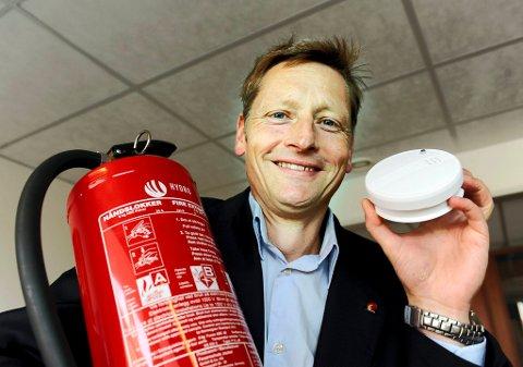 ? Enten du bor i by eller land, må du være sin egen brannmann, sier administrerende direktør Dagfinn Kalheim i Norsk brannvernforening.