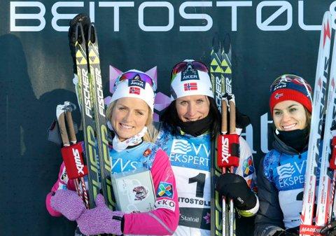 Marit Bjørgen var best lørdag, Therese Johaug kom på 2. plass og Heidi Weng ble nummer 3.
