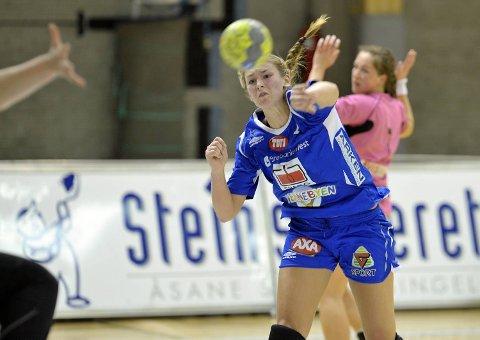 Marthe Reinkind ble toppscorer mot Nordstrand med syv mål. Her er hun i aksjon i kampen mot Våg Vipers.