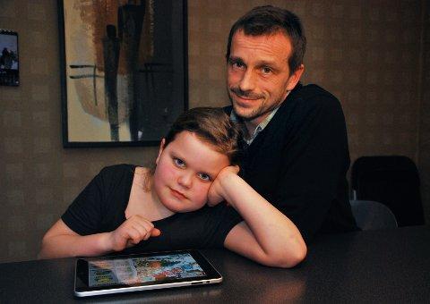 Pass på: Ståle Jensen håper andre foreldre vil lære av hans feil, etter at datteren Maren kjøpte smurfebær for 4.500 kroner. Foto: Hedda Hiller Koteng