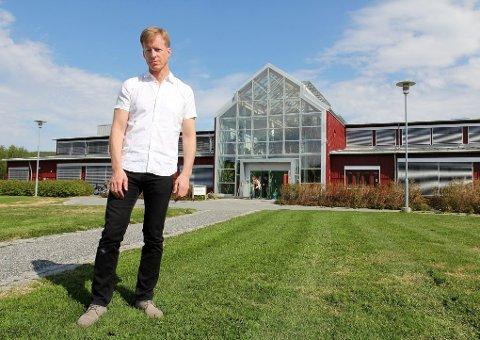 VIL ENDRE SYSTEMET: Lingvistikkprofessor Curt Rice er prorektor for forskning og utvikling ved Universitetet i Tromsø, samtidig som han bekler vervet som styreleder i forskningsdatabasen Cristin. Foto: Rune S. Alexandersen