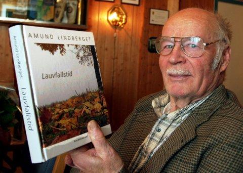 OPTIMIST: Amund Lindbergets diktning berører mange av de store spørsmålene i livet, men også hint til hvordan vi kan glede oss over de nære ting i hverdagen. BILDER: KJELL I. WÅLBERG