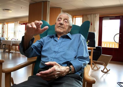 GÅTT BORT: Helge Solvang ble 100 år. Torsdag morgen gikk landets eldste kommunepolitiker bort.