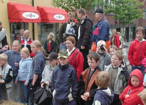 MANGE I MYSEN: Olabilløpet samlet mange   deltagere men også tilskuere.