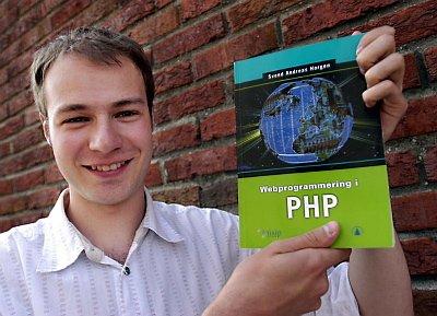 LÆREBOKFORFATTER: Svend Andreas Horgen fra Korgen har skrevet lærebok i dataprogrammering for viderekomne. Han er spent på mottakelsen. (Foto: Tor Martin Leines Nordaas)