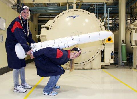 Line Jahr og Anette Sagen skal få økonomisk og teknologisk hjelp av rakketforskere fra Nammo fram mot OL i Sotsji i 2014.
