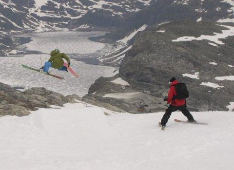 Folgefonna sommarskisenter er kjent for sin gode park i sommerhalvåret. Nå er anlegget som ligger i Jondal kommune nominert til årets skianlegg. Illustrasjonsbilde.