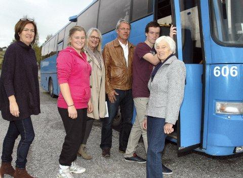 Marthe Green (14) og Kristoffer Narum (15) var blandt dem som skrev et leserinnlegg til Bygdeposten om bussproblematikken. Nå kan det se ut som at det blir buss fra etter høstferien.