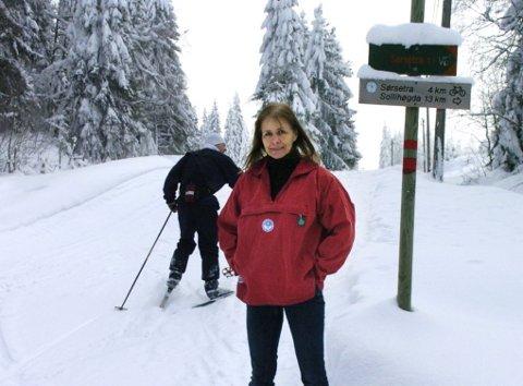 PLANKRAV:  Løypesjef Hege Blichfeldt Sheriff er redd for at rigide plankrav kan gjøre det vanskelig for Skiforeningen å vedlikeholde løypene, her ved Kleivstua.  Foto: Frode Johansen