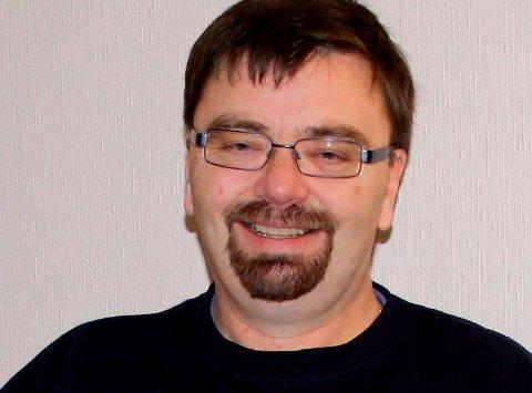 Ivar Hermann Karlsen i Brevik MC-klubb er fornøyd med inntektene fra parkeringsordningen under OL.