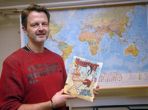 """VOKSER STADIG: Torbjørn Liens """"kollektivet"""" for lengst etablert seg i Norge som en av de største tegneseriene. Den kommer også ut i Sverige får stadig flere lesere i andre land. Nå er mosjøværingen aktuell med samlebok nummer fire. (Foto: Eivind Biering-Strand)"""