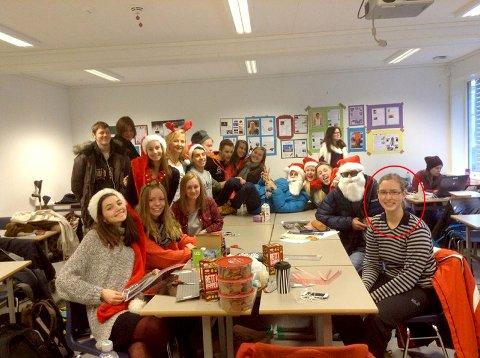 Klasse 1MUA håper å få klassevenninnen Tabea Jung, innringet, tilbake. Bildet er fra klassens juleverksted i desember.