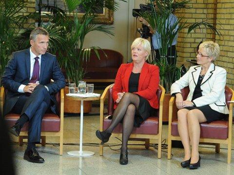 Jens Stoltenberg, Kristin Halvorsen og Liv Signe Navarsete på partilederdebatten i Stortinget valgkvelden. Navarsete vil finne ut hvorfor velgerne sviktet.