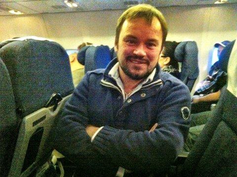 Mikkel Gaup på vei til Oslo fra direktesendt NRK-debatt i Tromsø, der han deltok torsdag kveld.