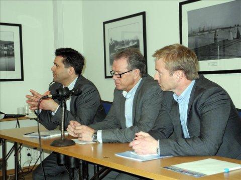 Frank Sve, Frp (fra venstre), Jon Aasen, Ap, og Helge Orten, Høyre, er de tre mest aktuelle kandidater til å overta vervet som fylkesordfører etter valget i høst. Akkurat nå ligger Orten et godt hestehode foran de andre.