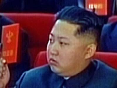 Kim Jong-un gikk ved sin fars båer under begravelsen.