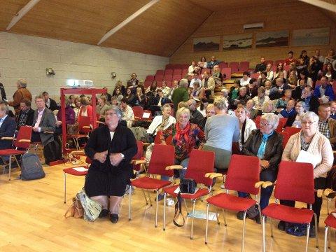 Salen er i ferd med å fylles opp. Konferansen er fulltegnet, med 200 deltakere.