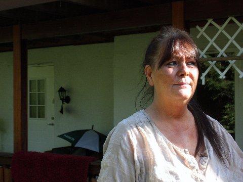 FORTVILET: Etter tre år på venteliste har uføretrygdede Nina Laaveg fått avslag på søknad om kommunal bolig. Etter gjentatte forsøk har hun ikke klart å finne seg et sted å bo, og vet ikke hvor hun skal gjøre av seg.FOTO: ELISABETH JOHNSEN
