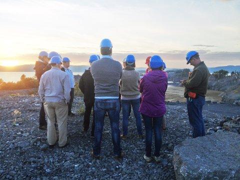 på befaring: Ressursgruppa deltok på befaring på Noahs anlegg på Langøya utenfor Holmestrand denne uken. I kveld holdes det første offentlige møte om         planprogrammet på Høgskolen. Porsgrunn kommune, Norcem og Noah vil her være representert.