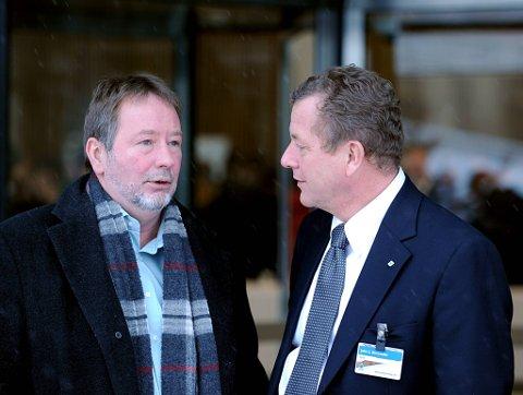 NHO-sjef John G. Bernander og Fellesforbundets Arve Bakke er uenige om bruken av vikarbyråer.