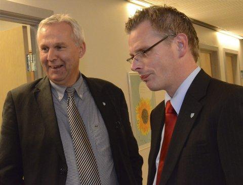 John Opdal (H) vil likevel fremme forslag om statlig oppkjøp av Skalltaket, deler av Cynamiden og Ovn III. Gard Folkvord (Ap) reagerer på snuoperasjonen. Bildet er tatt høsten 2011.