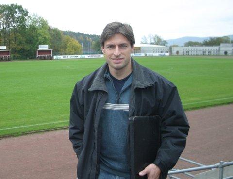 Håvard Lunde har takket ja til å bli sportssjef for NIF Fotball og trener for A-laget fra 1. januar 2013