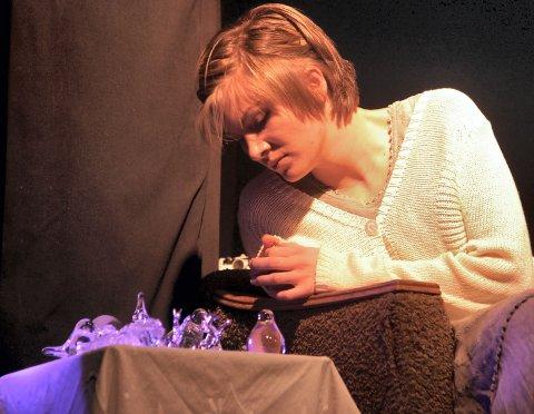 LAURA: Kari Merete Fevang med sterk rolletolkning av Laura i «Glassmenasjeriet».