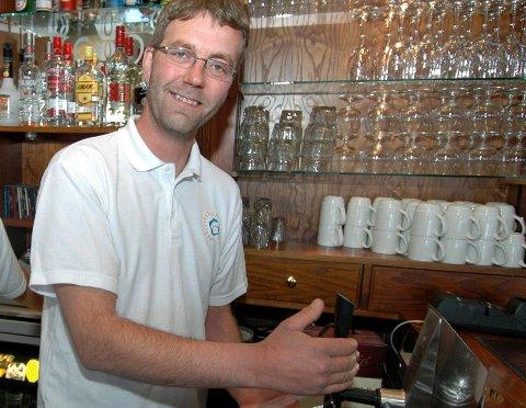 Andreas Utstøl legger ned Lundbrygga Pub på Sjøvegan.