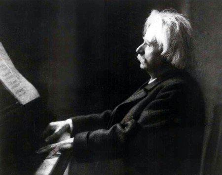 Edvard Grieg er en av de komponistene utvalget man bør ta vare på notene bedre til.