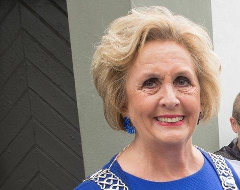 3. TRUDE DREVLAND: Trude Drevland (67) er damen med det kanskje sterkeste engasjementet for Bergen. Ordføreren er blitt kjent langt utenfor byens grenser. Ingen kan svinge saksen som henne, når hun skal åpne en ny butikk, et nytt senter, en kafe, et bygg eller hva det måtte være.