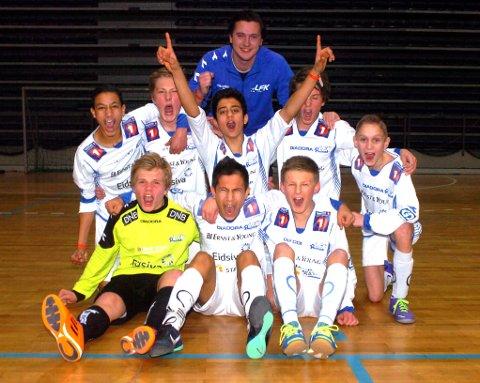 Lillehammer FKs 14-åringer jubler etter seier i Lillehammer-cup.