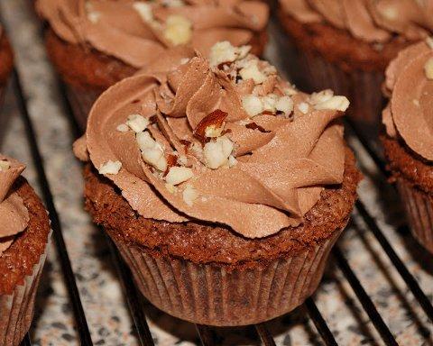 Cupcakes med Ferrero Rocher har Beate utviklet selv. Oppskriften finner du på bloggen.