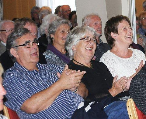 Den livlige konserten skapte begeistring hos mange i et omtrent fullsatt Vegårshei forsamlinghus.